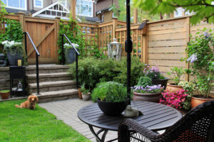 patio wood fence company